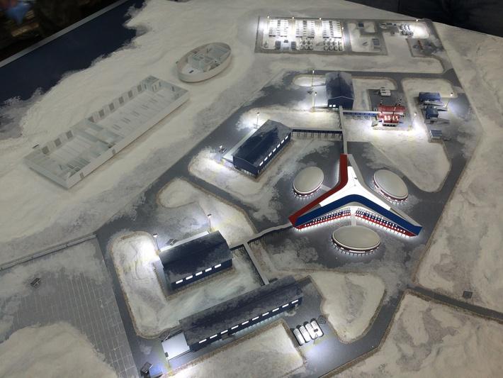 Макет типового военного городка Полярная звезда в Арктике