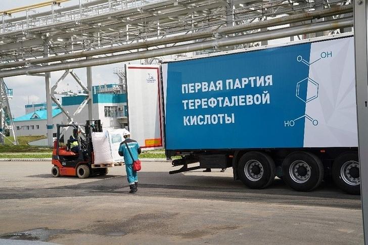 В Башкирии завершена реконструкция единственного в России производства терефталевой кислоты