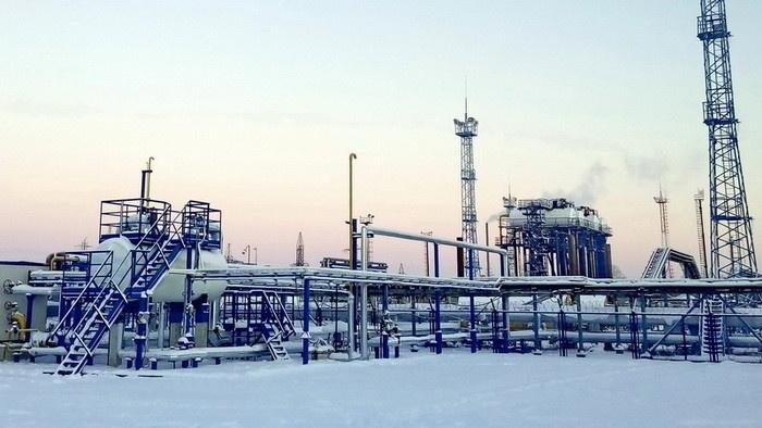 Эксплуатационная площадка системы утилизации ПНГ низких ступеней сепарации (район УПСВ ДНС-2)