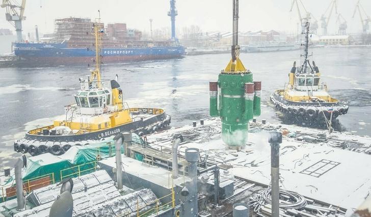 Балтийский завод в Санкт-Петербурге. Установка реактора РИТМ-200 на атомный ледокол «Сибирь» проекта 22220