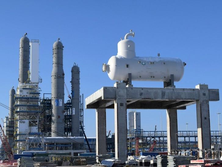 Рефлюксная ёмкость в комплексе низкотемператоруного газоразделения газа