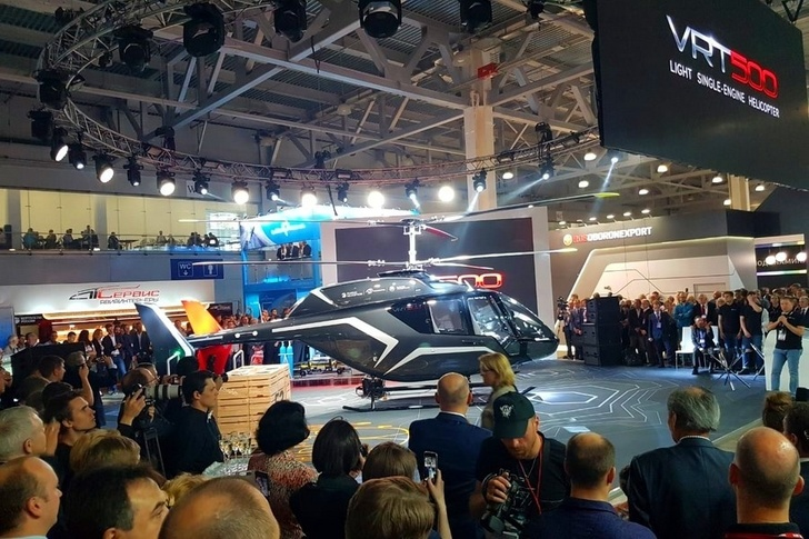 В Москве представлен новый легкий многоцелевой российский вертолет