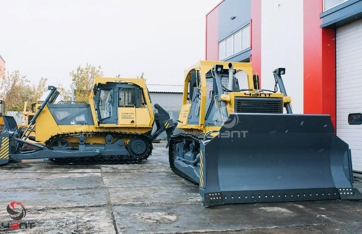 ЧЗПТ произвел отгрузку бульдозеров Б10М П для войсковых частей РФ
