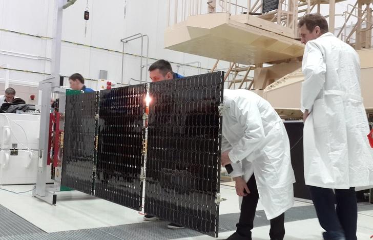 ОНПП «Технология» разработало каркас для нового поколения солнечных батарей космических аппаратов