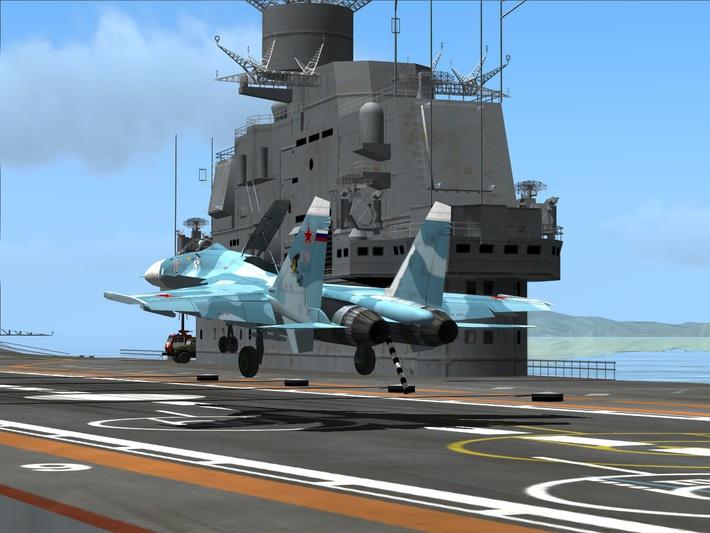 Момент посадки Cу-27 на палубу авианосца.