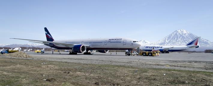 Боинг 777 и Боинг 747 ТСО