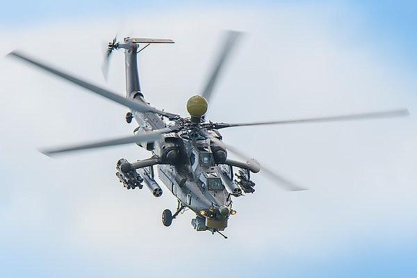 Вертолеты Ми-28УБ выполнили первый контрольный облет