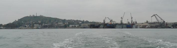 Керченский торговый порт с моря