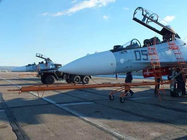 Су-30СМ б/н 04, 05 на авиабазе Домна - фото с aviaforum.ru
