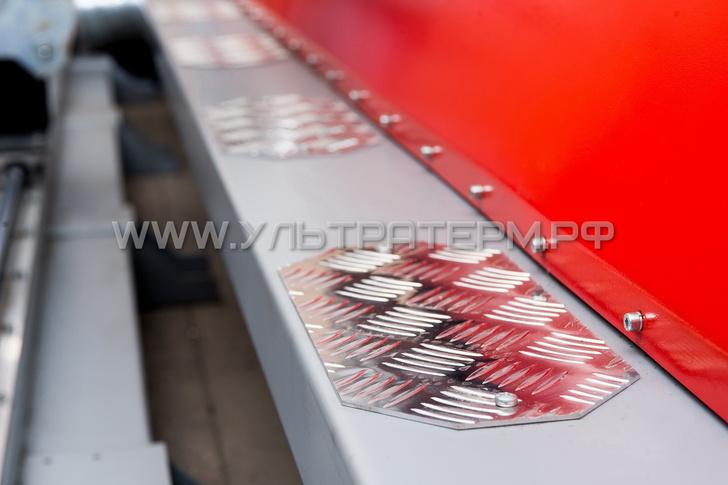 Рифленые алюминиевые накладки