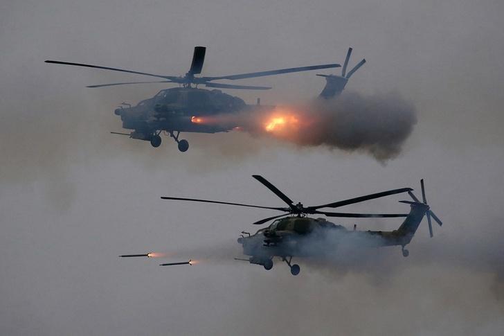 пуски неуправляемых ракет по условным наземным целям экипажами ударных вертолетов Ми-28Н