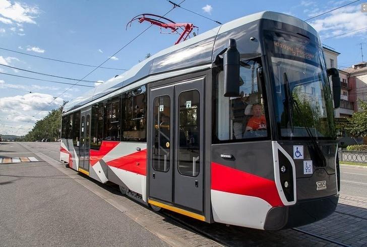 Инновационный трамвай УВЗ модели 71–412 начал тестовые испытания на маршрутах Нижнего Тагила