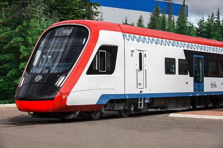 """ТМХ представил поезд """"Иволга"""" в новом дизайне для Московских центральных диаметров"""
