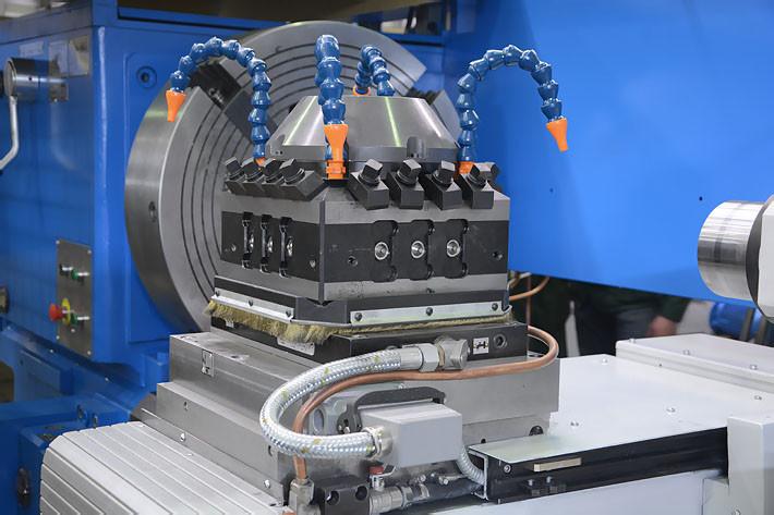 Четырёхпозиционная головка автоматической смены инструмента 1Н983Ф3
