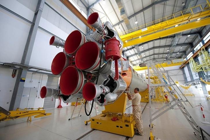 """Ракета """"Союз-СТ"""" успешно вывела на орбиту европейский метеорологический спутник MetOp-С"""