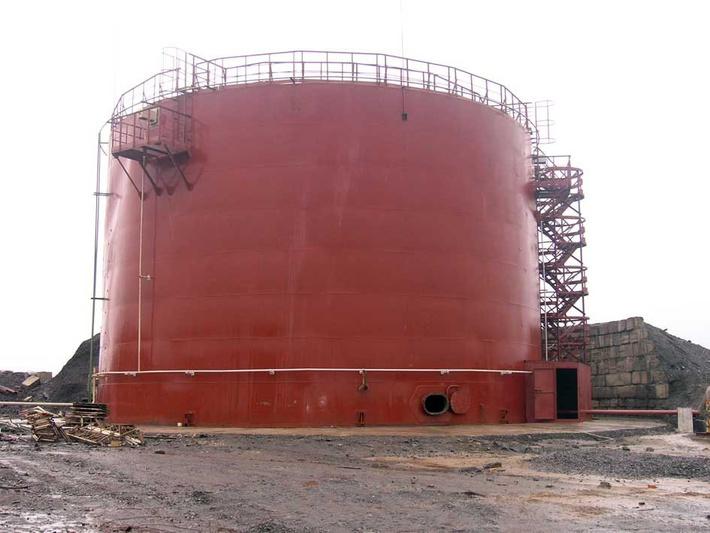 Резервуар под авиационное топливо объёмом 3000 куб.м.