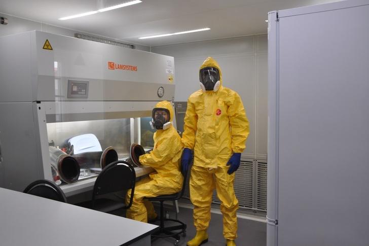 Российско-гвинейский центр эпидемиологии получил новую мобильную лабораторию