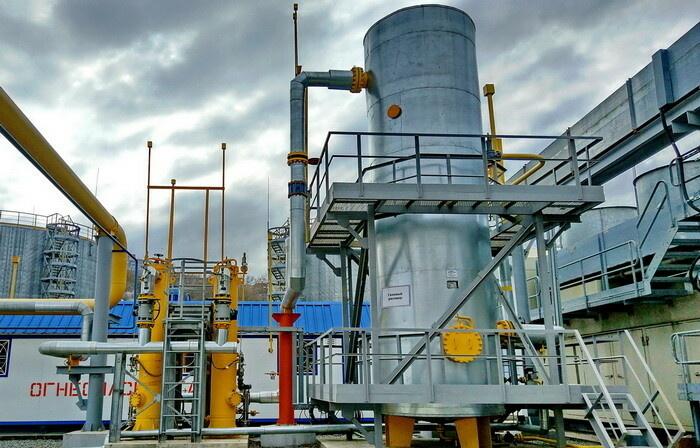 Газовый ресивер на площадке газового хозяйства