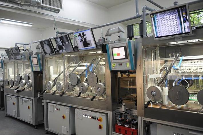 производство микроисточников для низкодозной брахитерапии в Дубне.