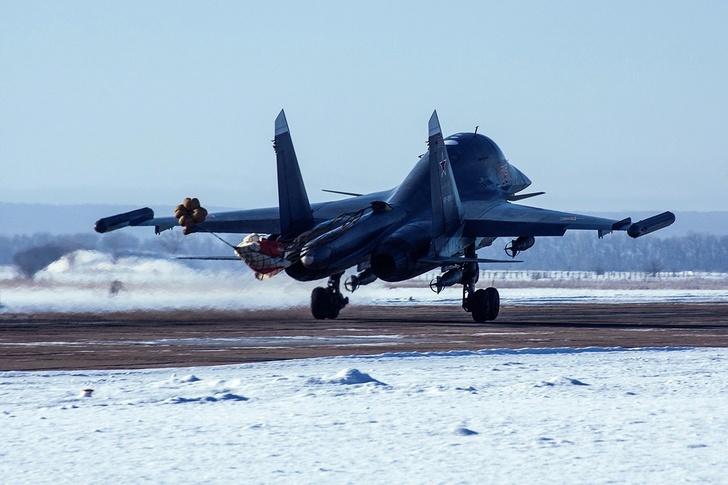 ЦВО получил два новых бомбардировщика Су-34
