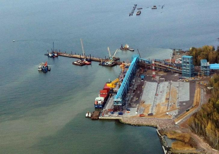 Новый терминал в процессе строительства.