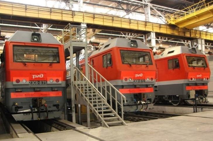 Уральские локомотивы установили рекорд по выпуску электровозов 2ЭС6