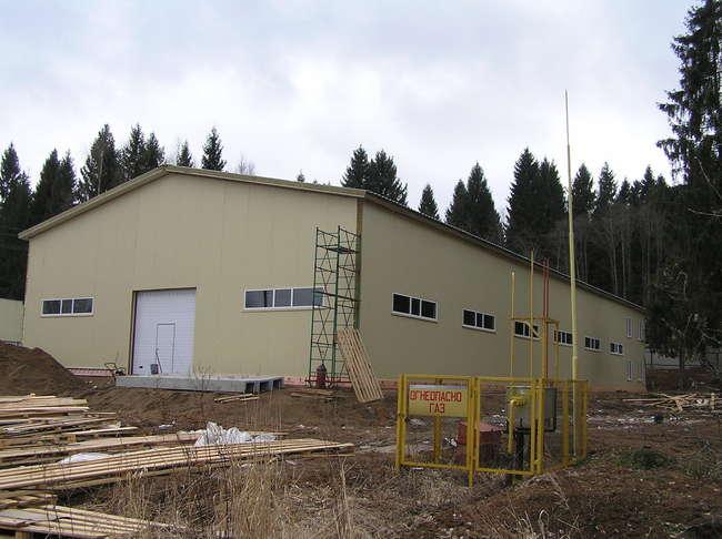 Здание нового цеха, апрель 2014