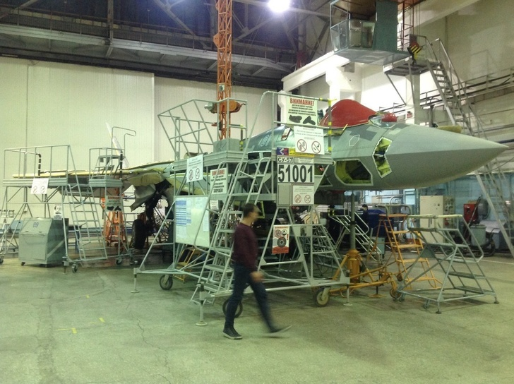 Первый серийный Су-57 для ВКС