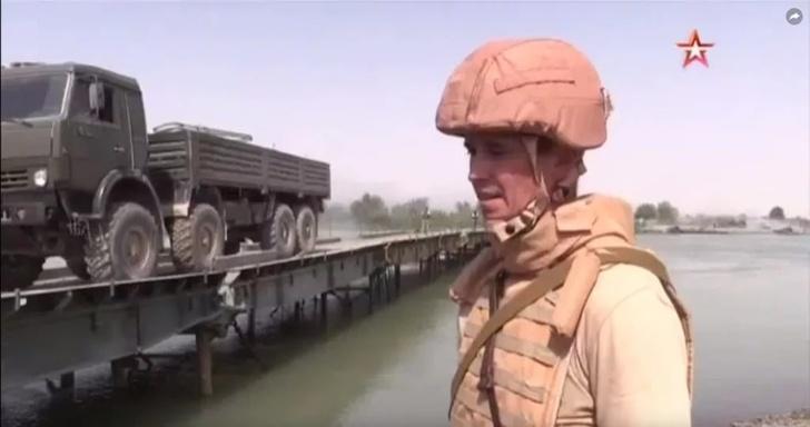 Мост через Евфрат построен российскими военными в сирийской провинции Дейр-эз-Зор