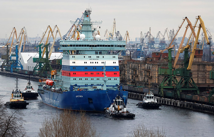 """Атомный ледокол """"Арктика"""" завершил первый этап ходовых испытаний"""