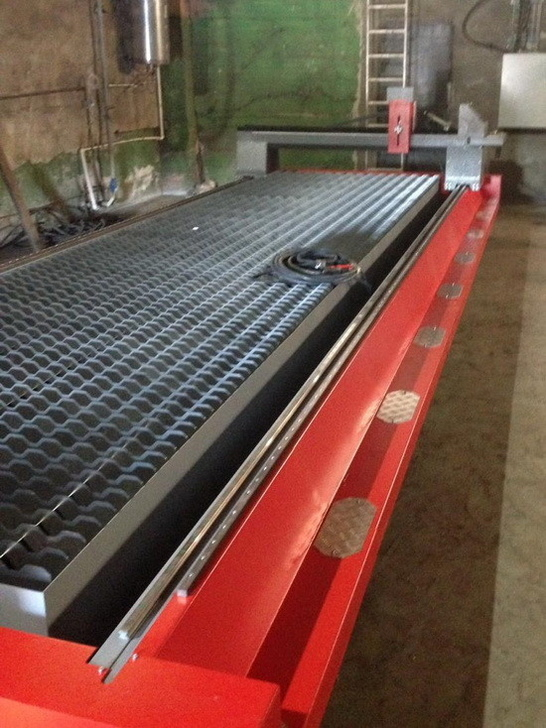 Монтаж машины ULTRATHERM MTRP-1560 на предприятии г. Барнаул