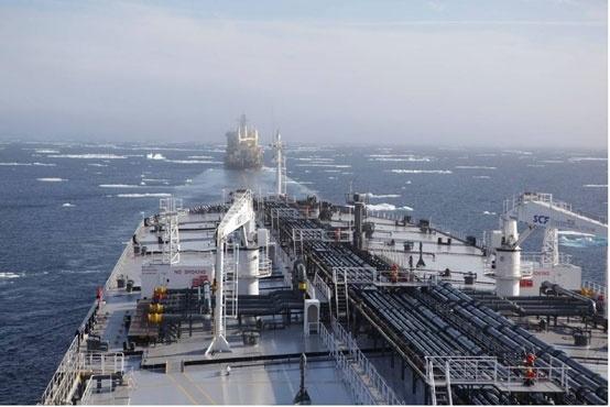 """Танкер """"Балтика"""" с грузом «НОВАТЭКа» на борту"""