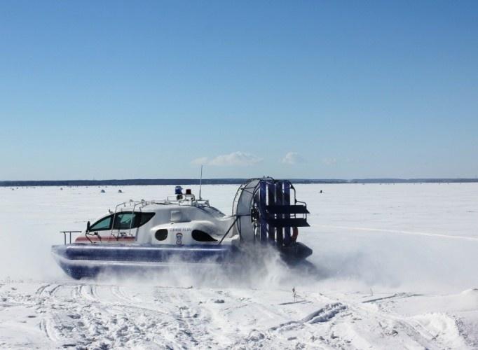 Спасателям Челябинской области передано судно на воздушной подушке