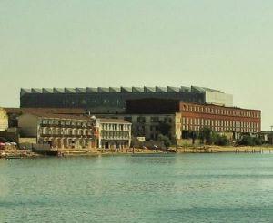 Вид на Феодосийский завод «Море» со стороны моря