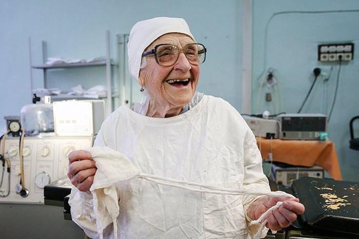 89-летний хирург из Рязани Анна Левушкина