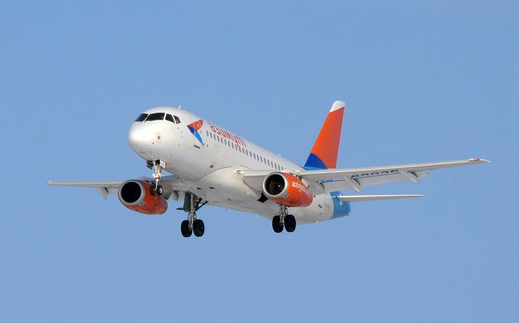 Что известно о самолете Sukhoi Superjet 100 и почему его критикуют ... | 454x728