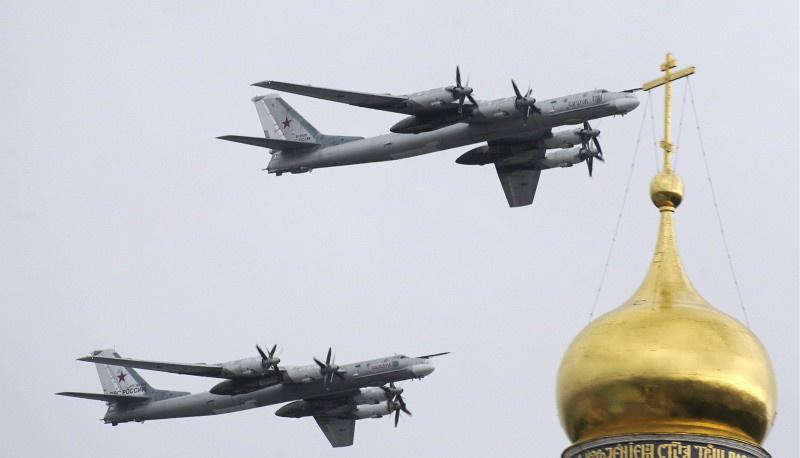 Россия отказалась снижать интенсивность полетов стратегических бомбардировщиков в 2015 году - Цензор.НЕТ 7835