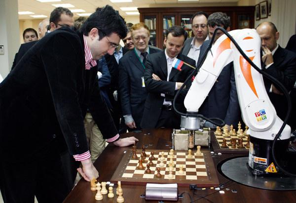 2010: В. Крамник против робота