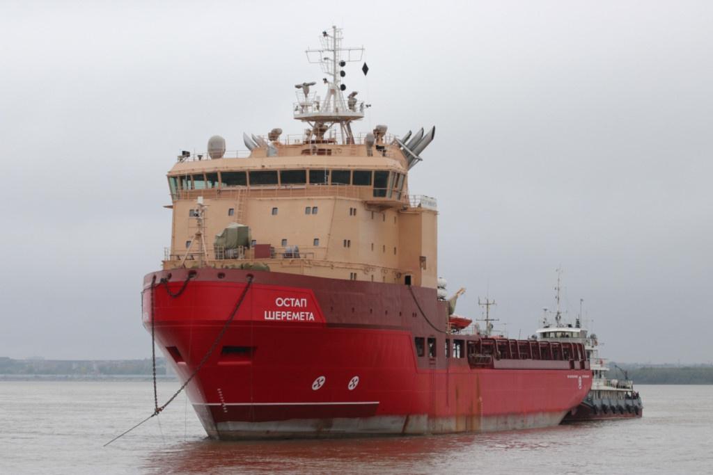 Розвідувальний корабель для ВМС України, який добудовують в Одесі, вперше вийшов у море для ходових випробувань - Цензор.НЕТ 2589