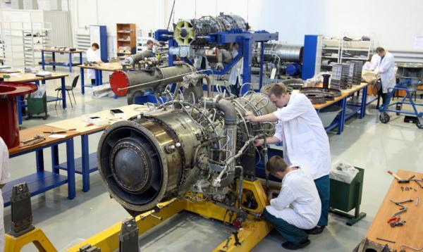 Картинки по запросу корабельный двигатель Е70/8РД