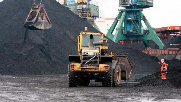 По заветам Стаханова. Россия обновила рекорд по добыче угля