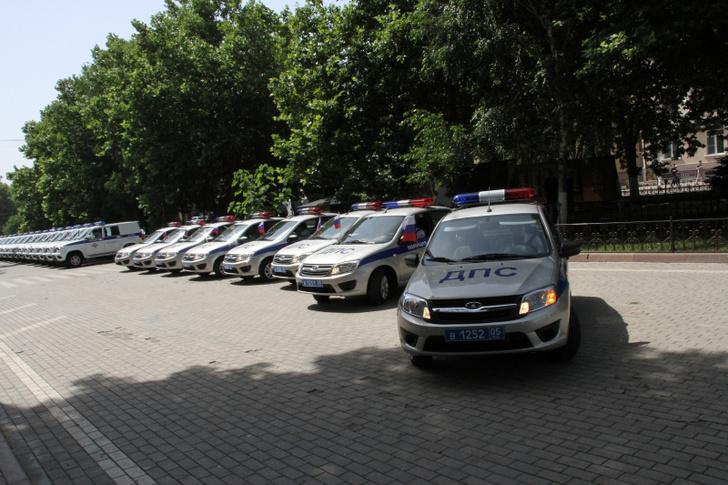 78 служебных автомобилей переданы МВД Дагестана
