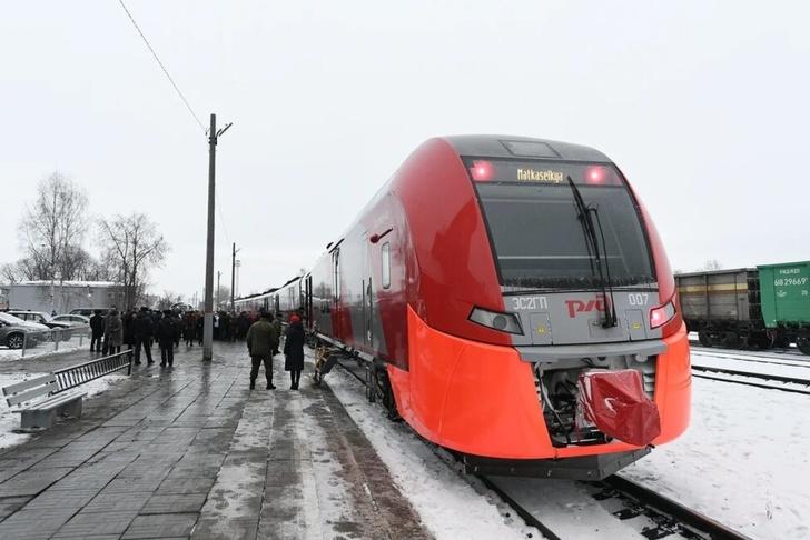 Поезд «Ласточка» впервые отправился из Санкт-Петербурга в Сортавалу