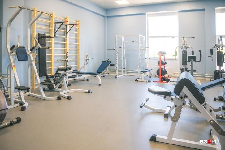 В тренажерном зале школьники будут заниматься на уроках физкультуры