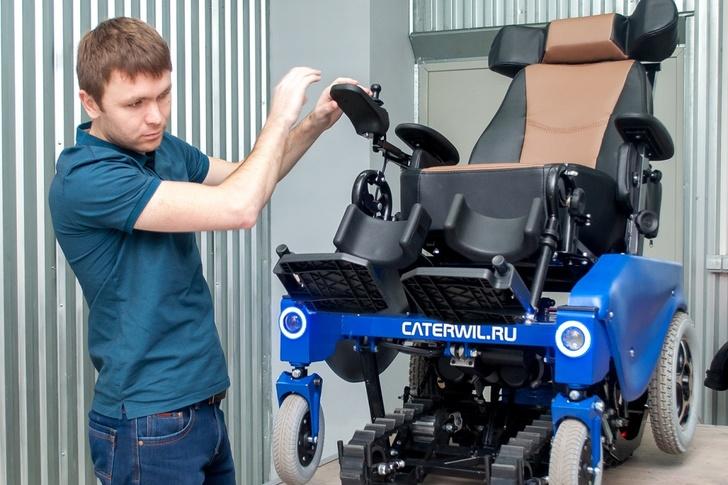 В 2012 году Иван Невзоров окончил механико-технологический факультет НГТУ