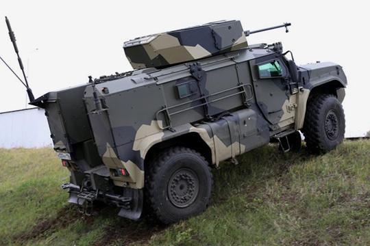 Новый челнинский бронеавтомобиль К4386 «Тайфун-ВДВ» (с) bmpd