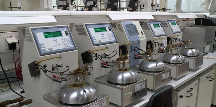 На Рязанском НПЗ введена в эксплуатацию новая лаборатория контроля качества