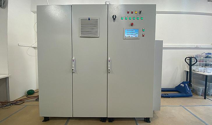 Электролизный генератор сверхчистого водорода, разработанный в компании «Поликом». Источник: «Поликом»