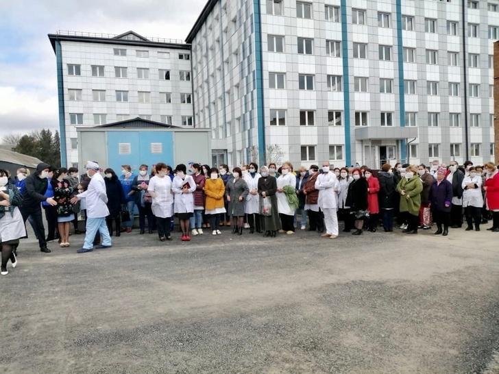 Новый корпус инфекционного госпиталя. Фото сделано во время учений перед открытием учреждения.