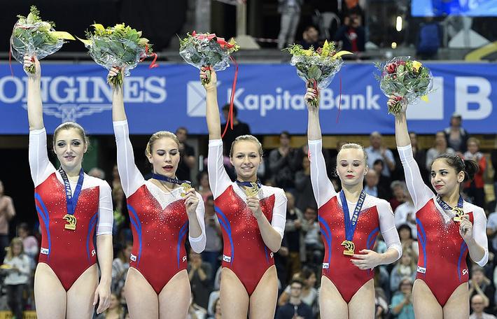 Алия Мустафина, Ксения Афанасьева, Дарья Спиридонова, Ангелина Мельникова и Седа Тутхалян
